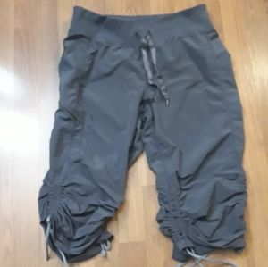 Zella Gray crop pants